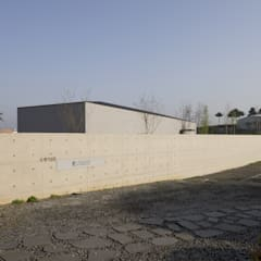 Woogae Memorial 우계기념관: ADMOBE Architect의  박물관
