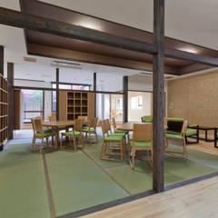 デイルーム: 宮田建築設計室が手掛けた医療機関です。