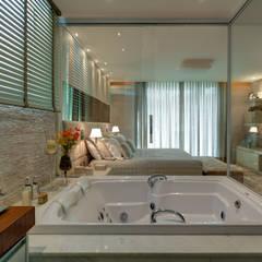 Spa de estilo  por Isabella Magalhães Arquitetura & Interiores,