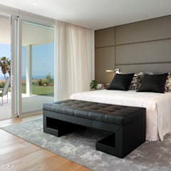 VIVIENDA UNIFAMILIAR MARESME: Dormitorios de estilo  de Molins Design