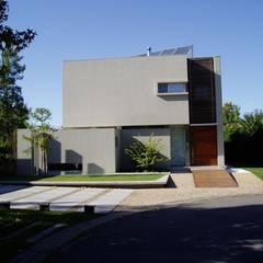 NR House gatarqs Modern houses