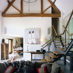 KSR Architects | Luxury barn conversion | Central circulation space:  Corridor & hallway by KSR Architects
