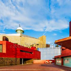 https://www.flickr.com/photos/canarias3d/albums/72157661320294291: Palacios de congresos de estilo  de Ramonof - Fotógrafos en Canarias