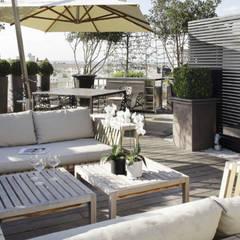 DACHTERRASSE IN PARIS:  Terrasse von Ecologic City Garden - Paul Marie Creation