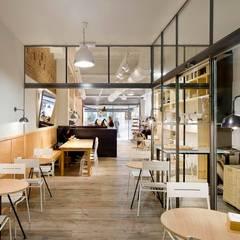 ร้านอาหาร by Bea Portabella Arquitectura e Interiorismo