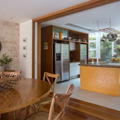 tropical Kitchen by Maria Claudia Faro