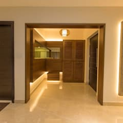 Apartment Interiors:  Corridor & hallway by Studio Stimulus