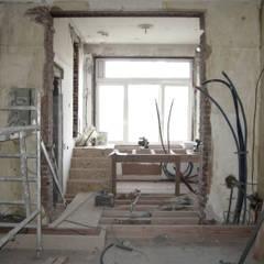 Rénovation d'un appartement bruxellois Alizée Dassonville | architecture Cuisine moderne