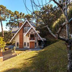 Houses by VNK Arquitetura e Interiores
