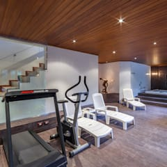 rustic Gym by VNK Arquitetura e Interiores