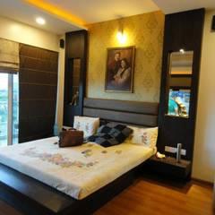 Amanora:  Bedroom by MAVERICK Architects