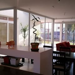 Dining room by Ohm Arquitectura