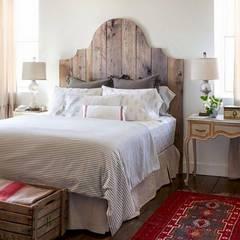Proyectos de interiorismo varios : Dormitorios de estilo  por estudio 60/75,Moderno