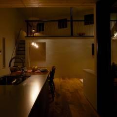 House in Higashikanmaki: Mimasis Design/ミメイシス デザインが手掛けたキッチンです。