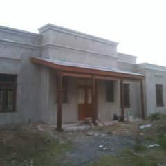 Casa de campo en Lima:  Houses by Di Gaeta-Marrón Arquitectos