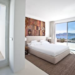 Bedroom by ANTONIO HUERTA ARQUITECTOS
