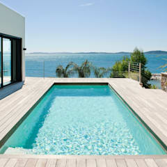 Villa C2: Piscines  de style  par frederique Legon Pyra architecte