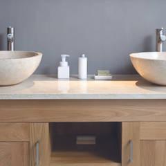 Bathroom by Stonearth Interiors Ltd