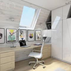Skandynawskie poddasze nastolatki: styl , w kategorii Domowe biuro i gabinet zaprojektowany przez UTOO-Pracownia Architektury Wnętrz i Krajobrazu