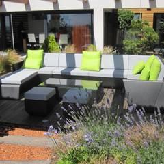 Projecto MH - Albufeira Varandas, marquises e terraços modernos por Smokesignals - Home & Contract Concept Lda Moderno