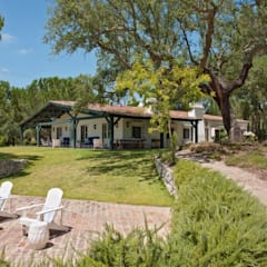 My Cottage for a Horse: Casas  por SA&V - SAARANHA&VASCONCELOS