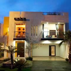 alzado frontal arketipo-taller de arquitectura Casas modernas