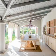 CASA BNG: Comedores de estilo  por BLOS Arquitectos