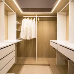 Dressing room by DonateCaballero Arquitectos