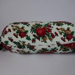 Poduszki wałki: styl , w kategorii Salon zaprojektowany przez Styl i Wnętrze