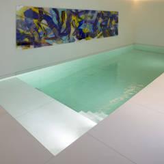 Zwembad:  Zwembad door Lab32 architecten