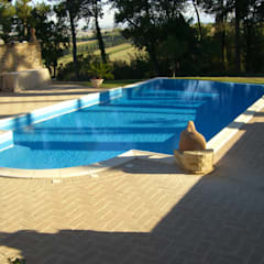 rustic Pool by Ing. Vitale Grisostomi Travaglini