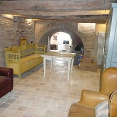 mediterranean Wine cellar by Ing. Vitale Grisostomi Travaglini