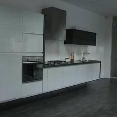 Kitchen by Trazo & Spazio , Classic