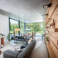 Salas de estilo  por SEHW Architektur GmbH, Moderno
