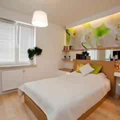 Mieszkanie dla Pani doktor Nowoczesna sypialnia od ZAWICKA-ID Projektowanie wnętrz Nowoczesny