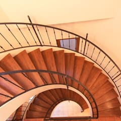 IC house | SANKAIDO: SANKAIDO | 株式会社 参會堂が手掛けた廊下 & 玄関です。