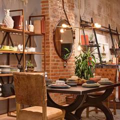 Showroom: Comedores de estilo moderno por The Blue House