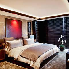 Kerim Çarmıklı İç Mimarlık – K.Ç EVİ:  tarz Yatak Odası,
