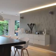 Wohnraumgestaltung - Wohnmöbel nach Maß im Münsterland:  Esszimmer von Klocke Möbelwerkstätte GmbH