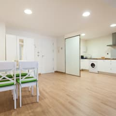 apartamento Natural: Hoteles de estilo  de Inuk Home Studio