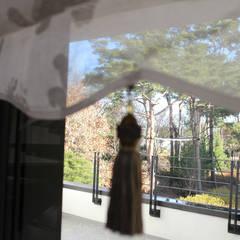 부천 까치울마을 단독주택 [패브릭 홈스타일링]: 모린홈의  복도 & 현관