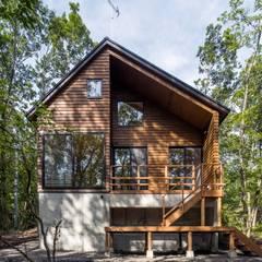 森の家: Unico design一級建築士事務所が手掛けた家です。