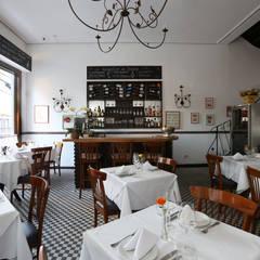 Bar: Paredes  por Antonio Armando Arquitetura & Design