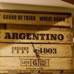 """Relojes Línea """"Argentina, Granero del mundo"""": Cocinas de estilo  por protocolo criollo®"""