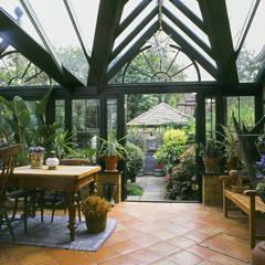 Jardin d'hiver de style  par Westbury Garden Rooms
