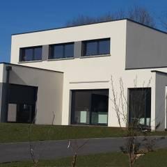 Projet maison Concept Création : Garage / Hangar de style de style Moderne par Concept Creation