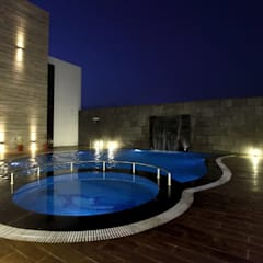 Hotel The Grand Daksh:  Pool by RUST the design studio
