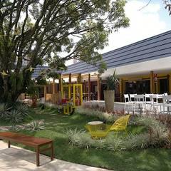 Projekty,  Centra wystawowe zaprojektowane przez Marcos Assmar Arquitetura | Paisagismo