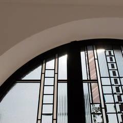 大阪市 くろだ歯科医院: マルグラスデザインスタジオが手掛けた医療機関です。
