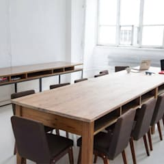 Studio fotograficzne: styl , w kategorii Przestrzenie biurowe i magazynowe zaprojektowany przez Studio R35